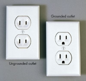 Replace electrical outlet in Atlanta